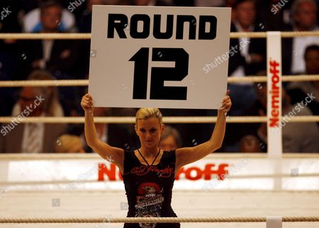 A Number Girl Announces the Start of the 12th Round Between Us Boxer Johnathon Banks and Italian Vincenzo Rossitto During Their Iso Cruiserweight World Championship Bout at the Colorline Arena in Hamburg Germany 12 July 2008 Germany Hamburg