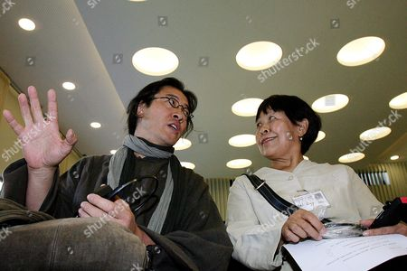 Stock Picture of Chinese Authors Dai Qing (r) and Bei Ling (l) Prior to the Symposium 'China and the World' in Frankfurt Germany 12 September 2009 Organizers of the Worlds Largest Book Fair Confirmed 11 September They Had Banned Dai Qing and Another Author Bei Ling From the Symposium China and the World Being Held From 12 to 13 September Bei Ling Flew to Germany at His Own Expense From Boston in the United States and Met Up with Dai Qing at the Airport in Frankfurt Germany Frankfurt Am Main