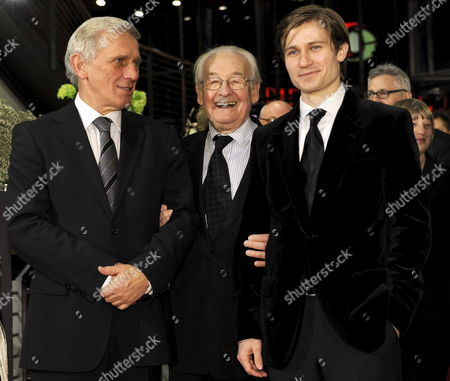 Polish Director Andrzej Wajda (c) and Polish Actors Jan Englert (l) and Pawel Szajda Arrive at the Premiere of Their Film 'Sweet Rush' in Berlin Germany 13 February 2009 the Film Runs in Competition a Total of 18 Films Compete For the Silver and Golden Bears of the 59th Berlinale Germany Berlin