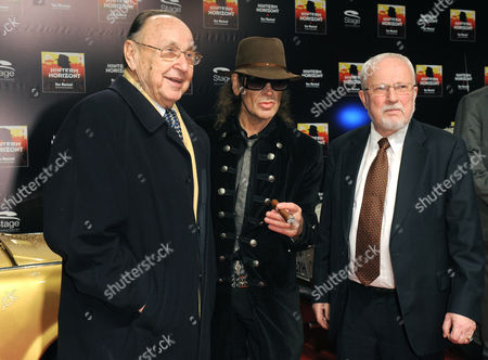 The Former Foreign Minister Hans-dietrich Genscher (l) German Musician Udo Lindenberg (c) and Last Prime Minister of East Germany Lothar De Maiziere (r) Pose at the Premiere of the New Musical 'Hinterm Horizont' (beyond the Horizon) at the Theater on Potsdamer Platz in Berlin Germany 13 January 2011 the Musical Will Be on Show Until 30 May 2011 at the Theater on Potsdamer Platz Germany Berlin