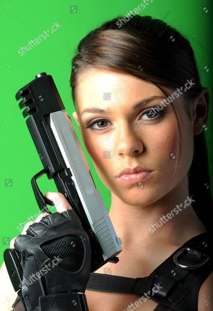 Lara-croft-model Alison Carroll From Croydon Poses During a Photocall in Hamburg Germany 06 October 2008 the British Model is the New Face of Action Hero Lara Croft and Advertises the Eighth Edition of the Tomb-raider Computer Game 'Underworld' Germany Hamburg