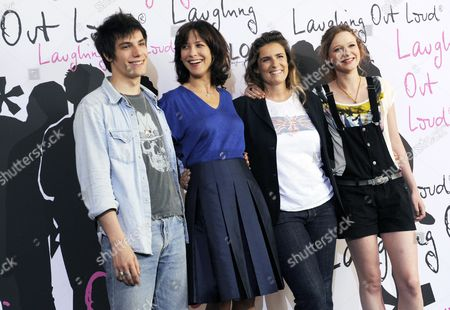 Actors Jeremy Kapone (l-r) Sophie Marceau Director Lisa Azuelos and Actress Christa Theret Arrive at the Photocall For the Film 'Lol - Laughing out Loud' in Berlin Germany 02 July 2009 the Film Opens the 9th French Film Week That Takes Place From 02 to 08 July 2009 the Film Will Open in German Cinemas on 27 August 2009 Germany Berlin