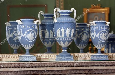 Wedgwood Stock Pictures Editorial Images And Stock Photos
