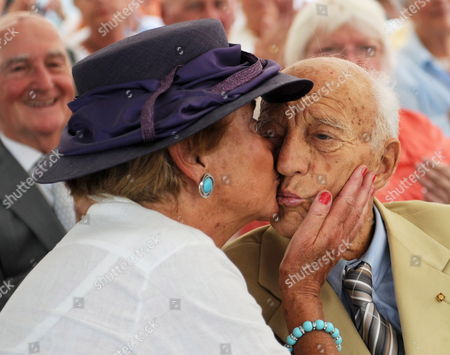 Former German President Walter Scheel (r) is Kissed by His Wife Barbara During a Citizens Reception on the Occasion of Scheel's 92nd Birthday in Bad Krozingen Germany 09 July 2011 Around 500 People Celebrated with the Former President á Germany Bad Krozingen