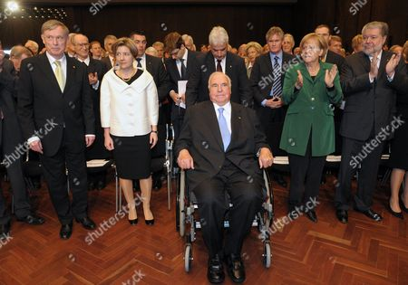 Former German Long-time Chancellor Helmut Kohl (c) Receives Applause From (l-r) German President Horst Koehler Kohl's Wife Maike Kohl-richter German Chancellor Angela Merkel and Rhineland Palatinate Prime Minister Kurt Beck at the Celebrations of Kohl's 80th Birthday in Ludwigshafen Germany 05 May 2010 Some 800 Guests Were Invited to Join the Belated Birthday Celebrations Among Them Numerous Incumbent and Former Federal Ministers Prime Ministers and Political Companions From Abroad Germany Ludwigshafen