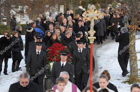 Stock Picture of The White Coffin of Deceased German Tv Presenter Petra Schuermann is Carried Through the Cemetery in Aufkirchen Germany 19 January 2010 Schuermann Died at Age 76 on 14 January 2010 Germany Aufkirchen