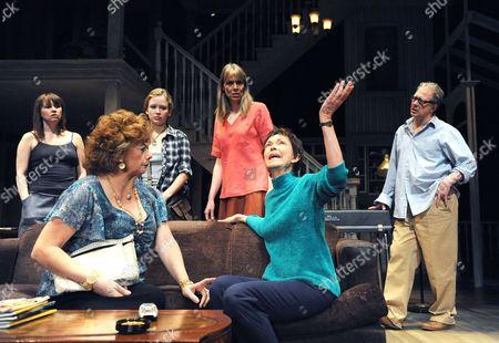 Sally Murphy (Ivy),  Rondi Reed (Mattie), Molly Ranson (Jean), Amy Morton (Barbara), Deanna Dunagan (Violet) and Jeff Perry (Bill)