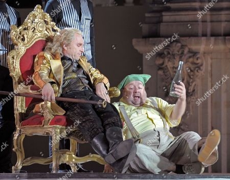 A Picture Made Available on 03 August 2011 Shows German Actors Goetz Schubert (l) As August the Strong and Dirk Bach As Jester Froehlich Performing During the Rehearsal of the Play 'Die Maetresse Des Koenigs' ('the King's Mistress') at Zwinger Palace in Dresden Germany 02 August 2011 the Dresden Zwinger Festival Will Take Place From 05 to 21 August 2011 Germany Dresden
