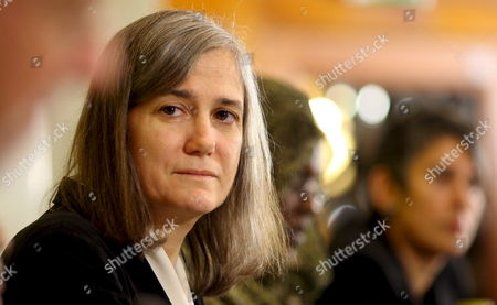 Us Journalist Amy Goodman (l) Attends a Press Conference in Stockholm Sweden 08 December 2008 Goodman Will Receive the Alternative Nobel Prize 2008 in the Evening of 08 December For Her Daily Tv News Broadcast 'Democracy Now!' As an Example 'For the Development of an Innovative Model of Truly Independent Political Journalism' Sweden Stockholm