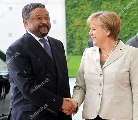 German Chancellor Angela Merkel (r) Receives the Commission President of the African Union Jean Ping at the Chancellory in Berlin Germany 5 July 2011 Ping is on a Working Visit to Germany Germany Berlin