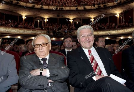 German Former Politician Egon Bahr (l) and His Laudator German Foreign Minister Frank-walter Steinmeier (r) Pictured at the Award Ceremony of the Marion Doenhoff Prize in Hamburg Germany 30 November 2008 Bahr was Awarded the Prize For His Ostpolitik (eastern Policy) International Understanding and Reconciliation Germany Hamburg