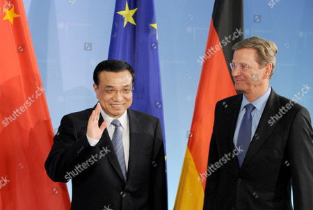 Chinese Vice Prime Minister Li Kequiang (l) with German Foreign Minister Guido Westerwelle at the Foreign Offive in Berlin Germany 07 January 2011 Report State That During the Visit of the Chinese Vice Prime Minister Li Keqiang Contracts For Co-operation Between Chinese and German Economy Were Signed Deputy Premier Li Kequiang is on a Visit to Europe Which Includes Spain Germany and Britain Germany Berlin