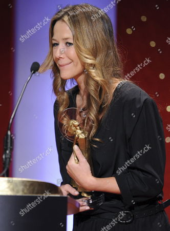 German Actress Alexandra Neldel Acknowledges Her Award During the Diva Award Gala in Munich Germany 25 January 2011 Neldel Received the Tv Movie Prize 2010 Germany Munich