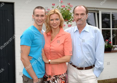 (l-r)ágerman Actors Vladimir Burlakov Veronica Ferres and Herbert Knaup Pose For Photographs During the Shooting of the Film '247 Days'áin Seevetal Germany 18 June 2010 the Film That Documents the Story of Marco W who was Imprisoned For 247 Days in Turkey For Allegedly Having a Sexual Relationship with a Minor Will Be Aired by German Private Tvástation Sat 1 in 2011 Germany Seevetal