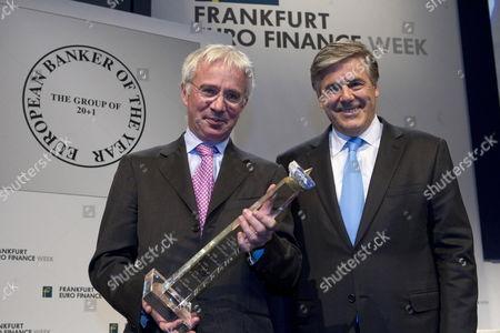 Deutsche Bank Ceo Josef Ackermann (r) Presents the 'European Banker of the Year 2010' Award to Peter Sands Ceo of British Standard Chartered Bank During the Euro Finance Week in Frankfurt Am Main Germany 14 November 2011 Germany Frankfurt Main