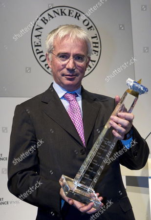Peter Sands Ceo of British Standard Chartered Bank Holds His 'European Banker of the Year 2010' Award at the Euro Finance Week in Frankfurt Am Main Germany 14 November 2011 Germany Frankfurt Main