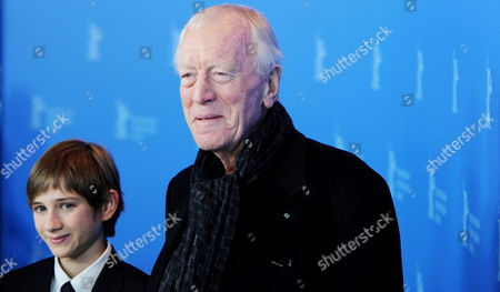 Us Actor Thomas Horn (l) and Swedish Actor Max Von Sydow Pose at a Photocall For 'Extremely Loud and Incredibly Close' During the 62nd Berlin International Film Festival in Berlin Germany 10 February 2012 the Movie is Presented in Competition (out of Competition) at the 62nd Berlinale That Runs From 09 to 19 February Germany Berlin