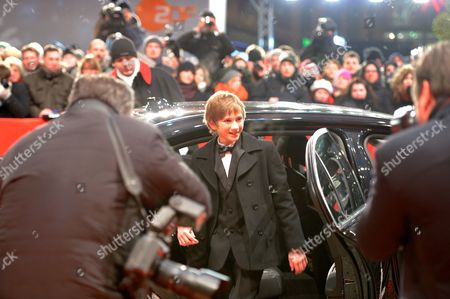 Us Actor Thomas Horn (c) Arrives For the Premiere of 'Extremely Loud and Incredibly Close' During the 62nd Berlin International Film Festival in Berlin Germany 10 February 2012 the Movie is Presented in Competition (out of Competition) at the 62nd Berlinale That Runs From 09 to 19 February Germany Berlin