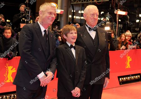 British Director Stephen Daldry (l-r) Us Actor Thomas Horn and Swedish-born Actor Max Von Sydow Arrive For the Premiere of 'Extremely Loud and Incredibly Close' During the 62nd Berlin International Film Festival in Berlin Germany 10 February 2012 the Movie is Presented in Competition (out of Competition) at the 62nd Berlinale That Runs From 09 to 19 February Germany Berlin