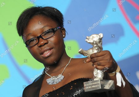 Congolese Actress Rachel Mwanza Poses with the Silver Bear For Best Actress For the Film 'War Witch' (rebelle) in the Press Room of the Awards Ceremony of the 62nd Berlin International Film Festival in Berlin Germany 18 February 2012 a Total of 18 Films Were Competing For the Berlinale's Prestigious Golden Bear For Best Picture Germany Berlin