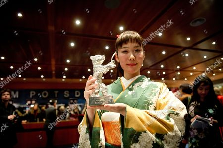 Japanese Actress Haru Kuroki Holds the Silver Bear Award For Best Actress For Her Performance in 'Chiisai Ouchi' (the Little House) After the Closing and Awards Ceremony of the 64th Annual Berlin Filmáfestival in Berlin ágermany 15 February 2014 the Berlinale Festival Runs Until 16 February 2014 Germany Berlin
