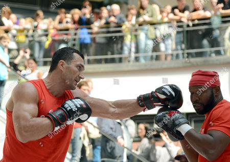 Ukrainian Heavyweight Boxing World Champion Wladimir Klitschko Takes Part with His Sparring Partner Johnathon Banks (r) in a Public Training Session in Oberhausen ágermany 23 April 2014 Wbo Ibf Wba and Ibo Heavyweight Champion Klitschko Will Be Challenged by Australia's Alex Leapai on 26 April 2014 in Oberhausen Germany Oberhausen