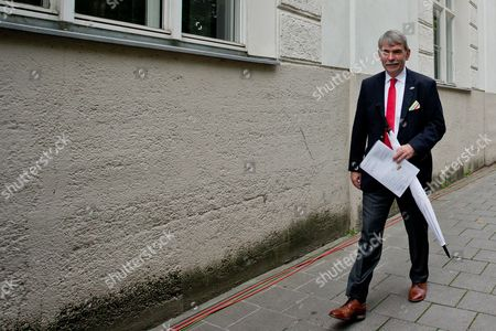 Stock Image of Gustl Mollath Leaves the Regional Court of Regensburg Germany 14 August 2014 Mollath was Acquited of All Charges in a Retrial After He was Able to Leave the Psychiatric Ward where He was Held Against His Will For Years Germany Regensburg