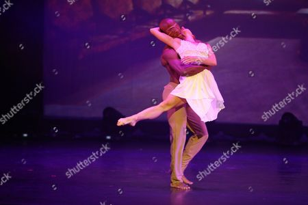 The Dancer James Boyd (as Romeo) and Daniela Filippone (als Juliet) Perform Onstage During a Photo Rehearsal of 'Romeo and Juliet' on the Theater Kampnagel in Hamburg Germany 28 August 2013 the Dance Show by Rasta Thomas Premieres on 03 September Germany Hamburg