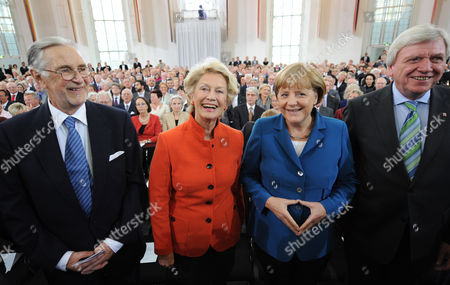 Frankfurt's Leaving First Mayor Petra Roth (2-l) Her Partner Robert Raeber (l) German Chancellor Angela Merkel (2-r) and Hesse's Prime Minister Volker Bouffier (r) Pose For a Photo During the Farewell Ceremony at Pauls Church in Frankfurt Germany 11 June 2012 the 68-year-old Roth is the Oldest Mayor in a German City She Leaves After 17 Years in Office About 900 Guests Were Invited For the Ceremony at Pauls Church Germany Frankfurt/main