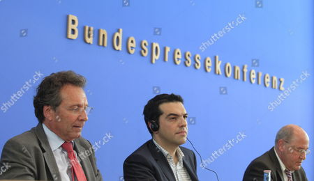 Chair of the Left Party Klaus Ernst (l) Alexis Tsipras (c) Chairman of the Left Greek Election Alliance Syriza and Gregor Gysi (r) Chairman of the Parliamentary Left Party Talk at the Federal Press Conference in Berlin Germany 22 May 2012 Greece and the Effects on the Eurozone Were Discussed Germany Berlin