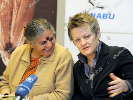 Green Party Parliamentary Group Leader Renate Kuenast (r) Talks to Indian Environmental Activist Vandana Shiva During a Press Conference of the Naturschutzbund Deutschland (nabu German Association For the Protection of the Environment) in Berlin Germany 07 December 2011 Shiva Laureate of the Alternative Nobel Prize Presented the Study 'The Emperor's New Clothes' on the Failure of Alternative Genetic Engineering in Agriculture Germany Berlin