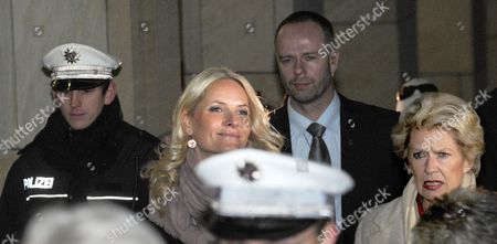 Mette-marit Crown Princess of Norway (c) and Lord Mayor Petra Roth (r) Come out of City Hall in Frankfurt Main Germany 08 February 2012 the Norwegian Princess Will Open the Edvard Munch Exhibition at the Schirn Later the Same Day Germany Frankfurt Am Main