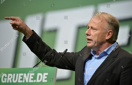 Top Candidate of the German Green Party Juergen Trittin Speaks at the Party Conference of Alliance 90/the Greens in the Velodrom in Berlin Germany 18 October 2013 Around 800 Delegates Gathered to Discuss Their Weak Results in the German General Election in September and to Elect Their New Party Leadership Germany Berlin