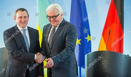 German Foreign Minister Frank-walter Steinmeier (r) and Ukranian Foreign Minister Andrii Deshchytsia (l) Hold a Joint News Conference at the Foreignáoffice Ináberlin ágermany 20 May 2014 Germany Berlin