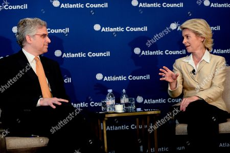 German Defence Minister Ursula Von Der Leyen (r) Speaks with Director of the Brent Scowcroft Center on International Security Barry Pavel at the Atlantic Council in Washington Dc Usa 19 June 2014 the German Defense Minister is on an Official Visit in the Usa United States Washington Dc