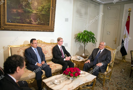 German Foreign Minister Guido Westerwelle (2-r) Speaks with Egypt's Interim President Adli Mansour (r) During Thier Meeting in Cairo Egypt 01 August 2013 Others Are not Identified Westerwelle is the First Western Foreign Minister to Visit Egypt Since Mohammed Morsi was Ousted As the Nation's President by the Army at the Beginning of July Egypt Cairo