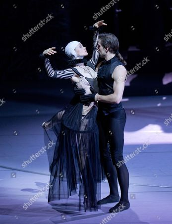Russian Nadja Saidakova (l) and Croatian Leonard Jakovina (r) Perform During a Photocall of the Ballet 'Don Juan' at the Komische Oper in Berlin Germany 19 June 2014 the Play by Italian Director Giorgio Madia Will Premiere on 21 June Germany Berlin