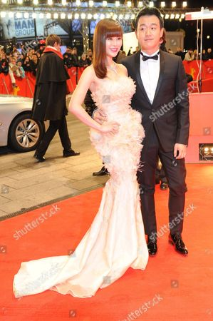 Chinese Actor Tong Dawe and His Wife Guan Yue Arrive For the Premiere of the Movie 'The Flowers of War' ('jin Ling Shi San Chai') During the 62nd Berlin International Film Festival in Berlin Germany 13 February 2012 the Movie is Presented in Competition at the 62nd Berlinale Running From 09 to 19 February Germany Berlin