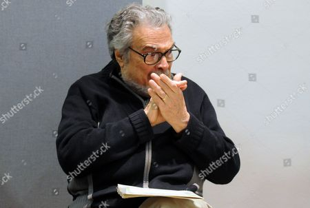 Us Pianist Leon Fleisher Gives a Master Class at the Robert Schumann Conservatory in Duessedorf Germany 13 November 2012 the Star Pianist Born in 1928 in San Franscico was a Pupil of Famed German Pianist Artur Schnabel He was the First American to Win the Prestigious 'Concours International Reine Elisabeth' in Brussels in 1952 Germany Duesseldorf