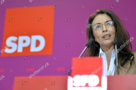 Designated Secretary-general of the Social Democrats (spd) Yasmin Fahimi Speaks During a Press Conference After the Meeting of the Party Executive Committee in Berlin Germany 20 January 2014 Fahimi is to Be Elected Into Office at a Special Party Conference Germany Berlin