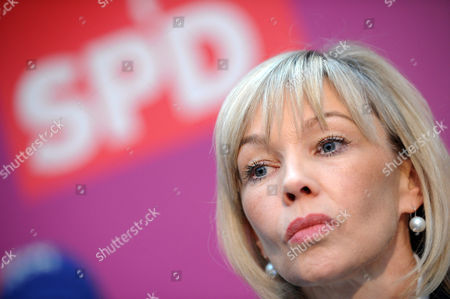 Doris Schroeder-koepf Wife of Former German Social Democratic Chancellor Gerhard Schroeder is Introduced As the New Integration Commissioner For a Possible Social Democratic State Government After the Upcoming Lower Saxony State Elections in Hanover Germany 15 November 2012 Germany Hanover
