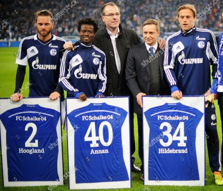 Stock Photo of Schalke Players (l-r) Tim Hoogland Anthony Annan and Goalkeeper Timo Hildebrand (far R) Bid Farewell Next to Ceo Clemens Toennies (c) and Manager Horst Heldt (2-r) Before the German Bundesliga Soccer Match Between Fcáschalke and Fc Nuernberg Inágelsenkirchen ágermany 10 May 2014 (attention: Due to the Accreditation Guidelines the Dfl Only Permits the Publication and Utilisation of Up to 15 Pictures Per Match on the Internet and in Online Media During the Match ) Germany Gelsenkirchen