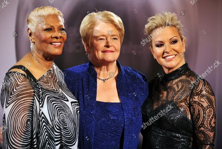 Us Singer Dionne Warwick (l-r) Former Norwegian Prime Minister Gro Harlem Brundtland and Us Singer Anastacia Arrive For the German Sustainability Award Ceremony in Duesseldorf ágermany 22 November 2013 the Award Honours Germany's Most Sustainable Companies and Building Projects Germany Duesseldorf