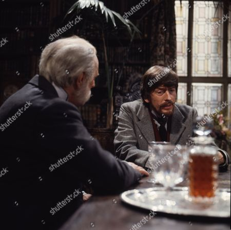 Gerry Cowan (as Jacklin Flaxton) and Moultrie Kelsall (as Andrew Flaxton)