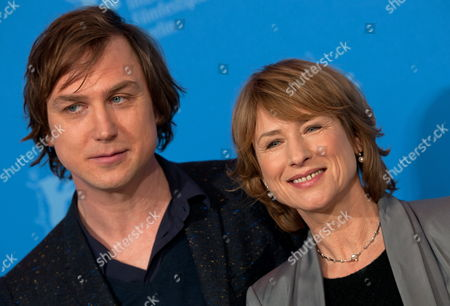 German Actors Lars Eidinger (l) and Corinna Harfouch Pose at a Photocall For the Movie 'Home For the Weekend' (was Bleibt) During the 62nd Berlin International Film Festival in Berlin Germany 14 February 2012 the Movie is Presented in Competition at the Berlinale That Runs From 09 to 19 February Germany Berlin