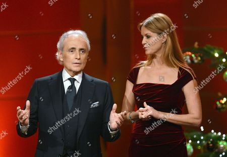 Spanish Tenor Jose Carreras (l) and German Host Esther Schweins Present Onstage During the 19th 'Jose Carreras Gala' at the Europapark in Rust Germany 19 December 2013 Celebrities Raised Funds For the Fight Against Leukemia at the Event Germany Rust