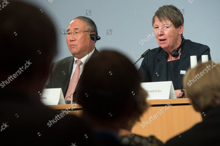 Chinese Minister For the Environment Xie Zhenhua (l) and German Minister For the Environment Nature Conversation and Nuclear Safety Barbara Hendricks Holds a Press Conference During the 5th Petersberg Climate Dialogue in Berlin Germany 14 July 2014 the Meeting with Delegates of 35 Countries is to Prepare For the Un Climate Summit in Lima Peru and Will Be Held From 01 to 12 December 2014 Germany Berlin