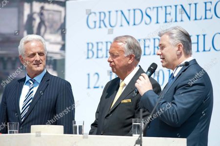 Federal Government Commissioner For Culture and the Media Bernd Neumann (c Cdu) Together with Peter Ramsauer Federal Secretary of Housing and Urban Development and Berlin Mayor Klaus Wowereit (r Spd) Speak at the Laying of the First Stone For the Berlin Palace in Berlin Germany 12 June 2013 Germany Berlin