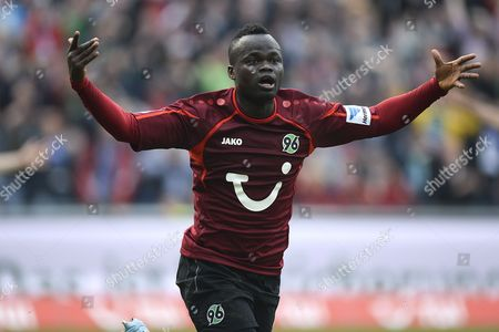 Hanover's Didier Ya Konan Celebrates the 2-1 During the Bundesliga Soccer Match Between Hanover 96 and Hamburger Sv at the Hdi Arena in Hanover Germany 12 April 2014 (attention: Due to the Accreditation Guidelines the Dfl Only Permits the Publication and Utilisation of Up to 15 Pictures Per Match on the Internet and in Online Media During the Match ) Germany Hanover