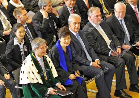President of South Korea Park Geun-hye (2-l) Receives the Honorary Doctorate in Legal Sciences From the Technical University Next to Rector Hans Mueller-steinhagen in Dresden Germany 28 March 2014 Premier of Saxony Stanislaw Tillich (3-l-r) Dean of the Law Faculty Horst-peter Goetting and Laudator Lothar De Maiziere Sit Next to Her Park Arrived in Germany 26 March For Talks That Were to Center on Expanding Trade Germany Has For Years Been the Main Trading Partner of Asia's Fourth-biggest Economy Germany Dresden